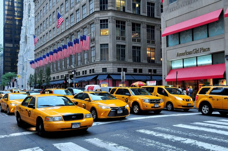 New York City authorities will implement a city toll in Manhattan